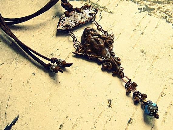 ship masthead necklace